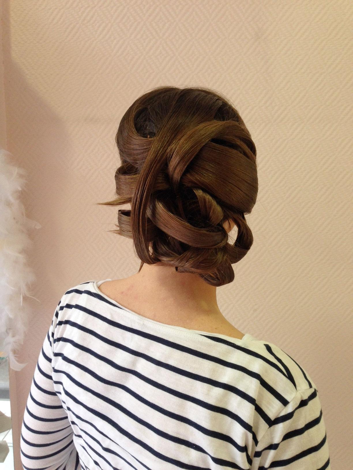 Coiffure cheveux long meche salon de coiffure blainville for Salon de coiffure blainville